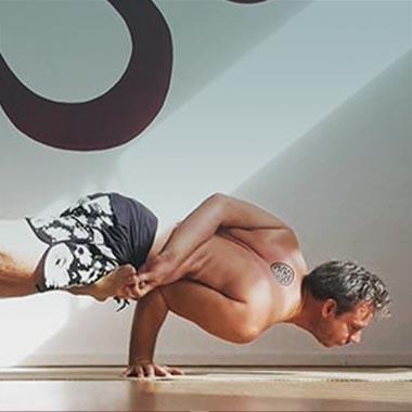 Handstand en armbalans yoga workshop